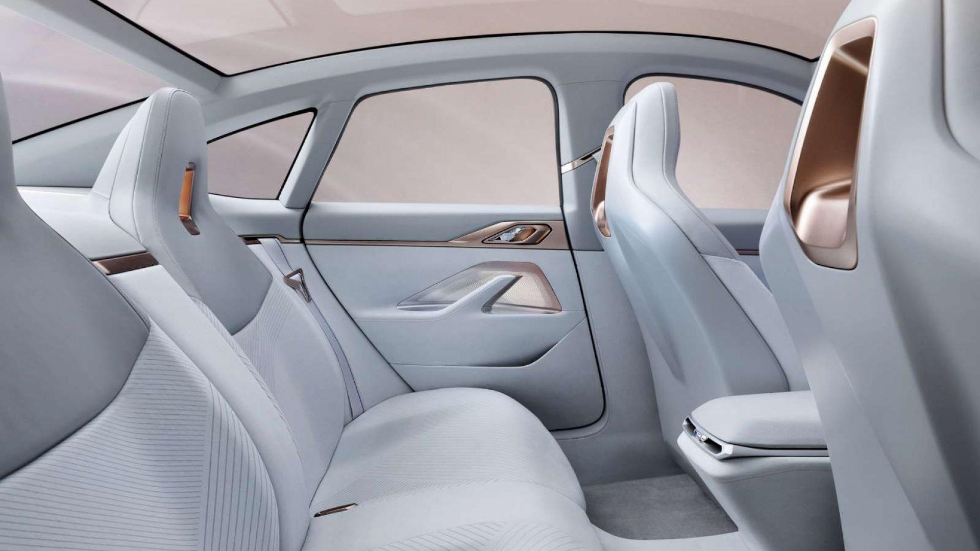 2020-BMW-Concept-i4-Interior-08