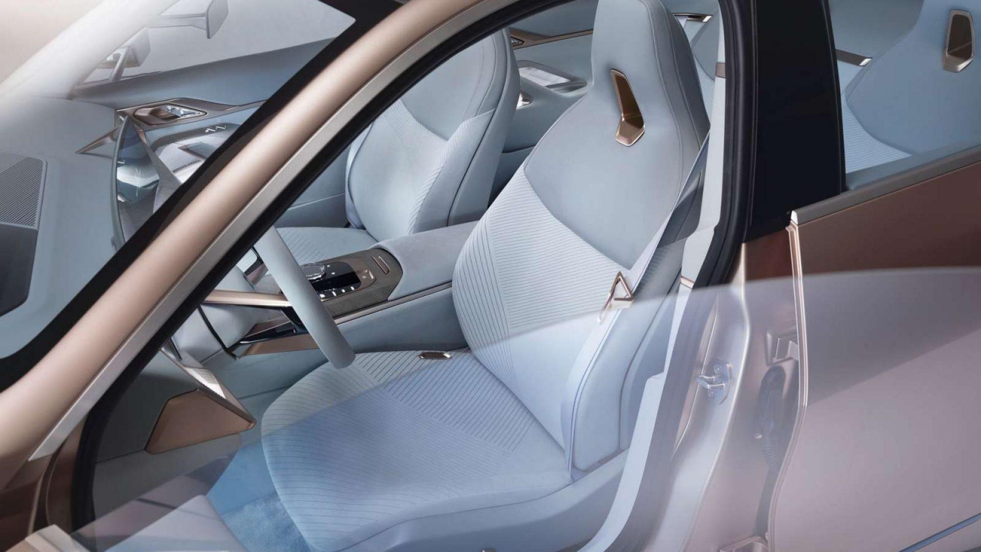2020-BMW-Concept-i4-Interior-10