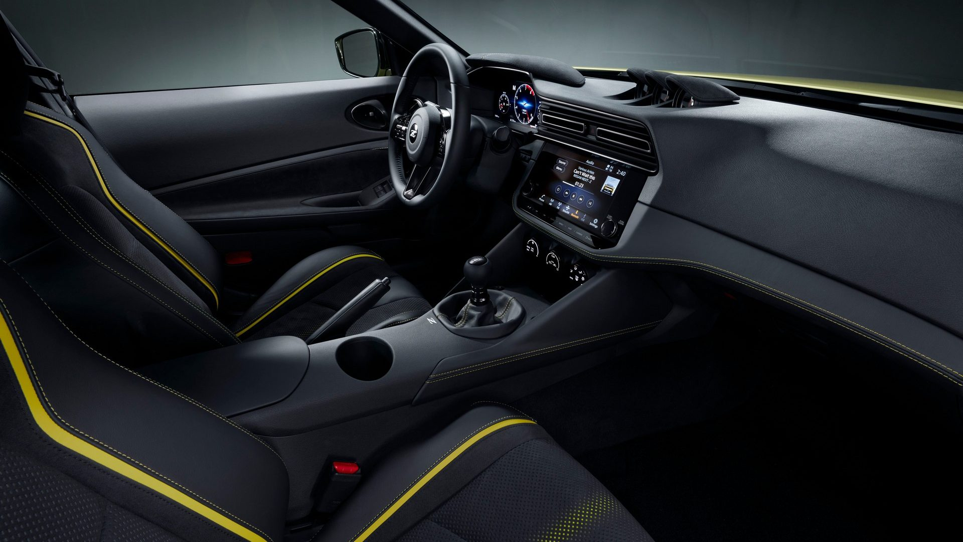 2020-Nissan-Z-Proto-Interior-02