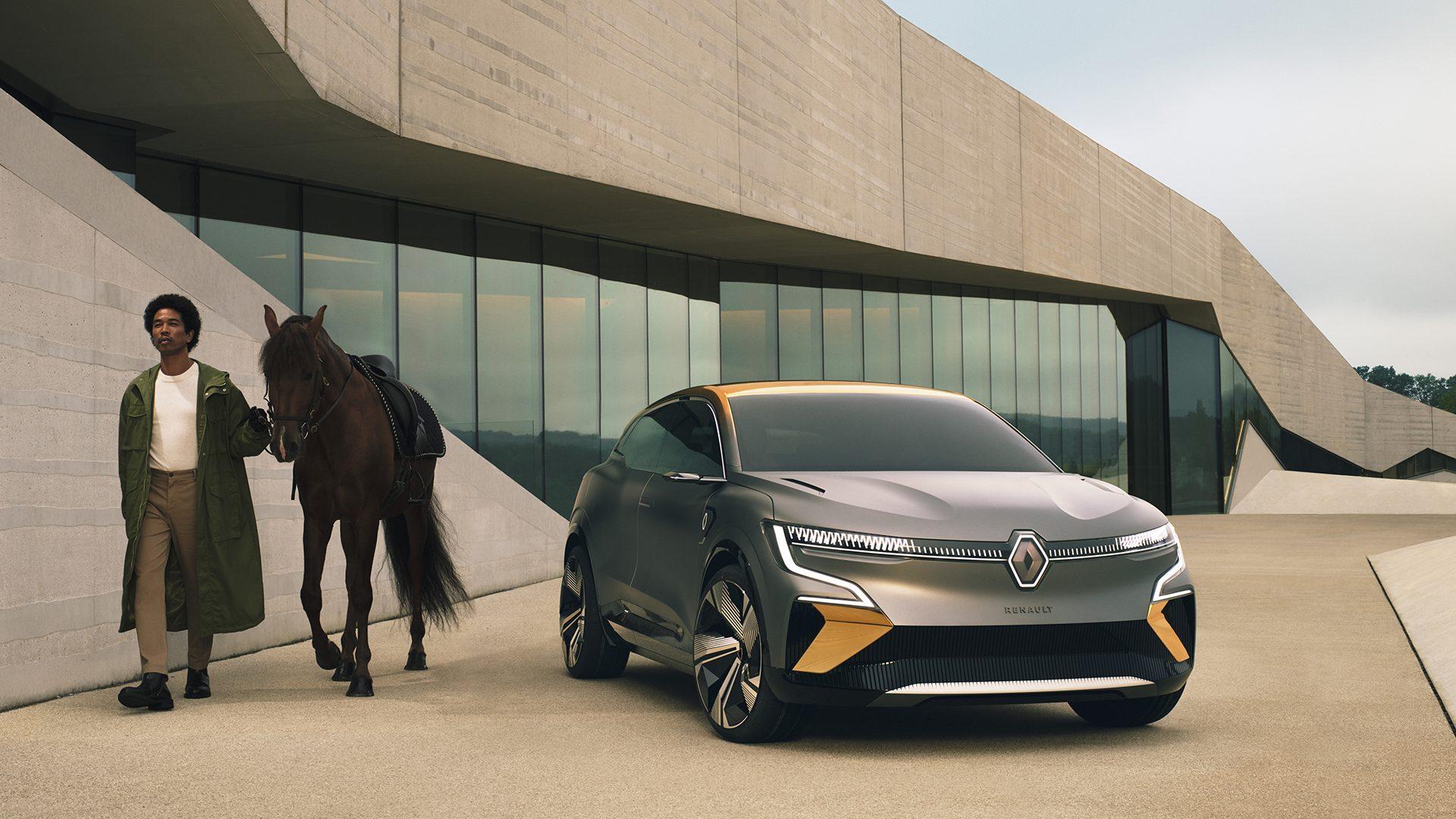2020-Renault-Megane-eVision-Concept-13