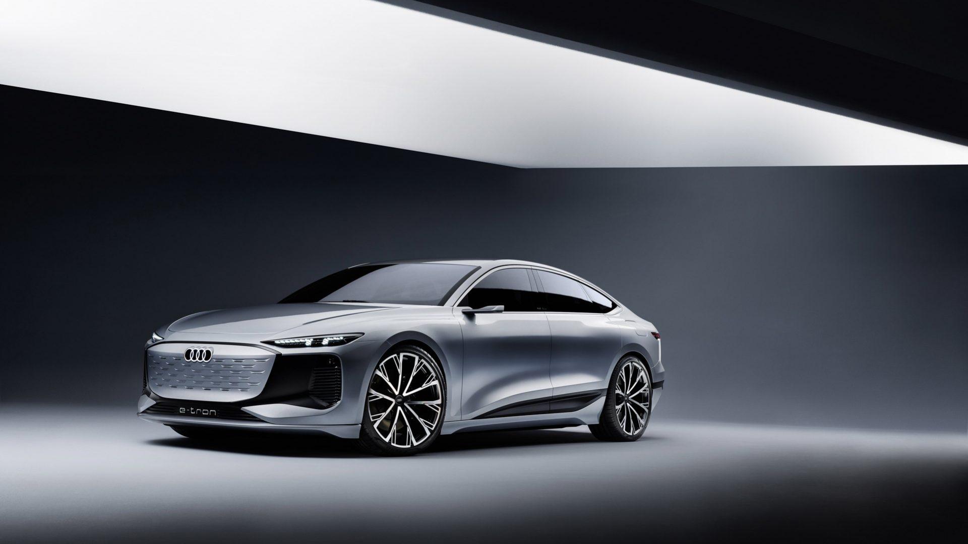 2021-Audi-A6-e-tron-Concept-01
