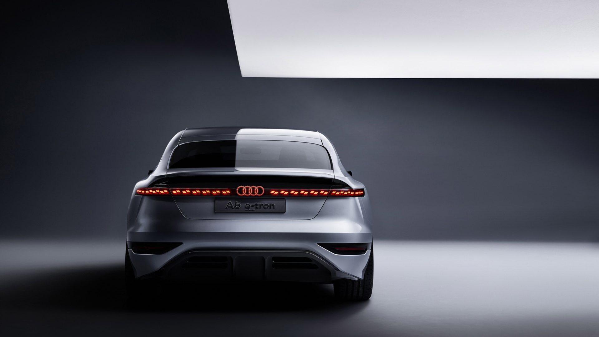 2021-Audi-A6-e-tron-Concept-05