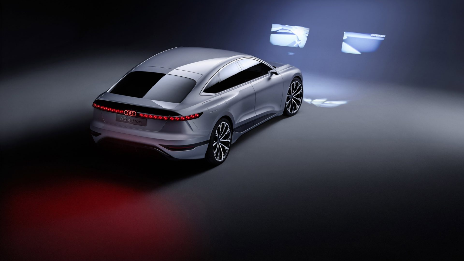 2021-Audi-A6-e-tron-Concept-08