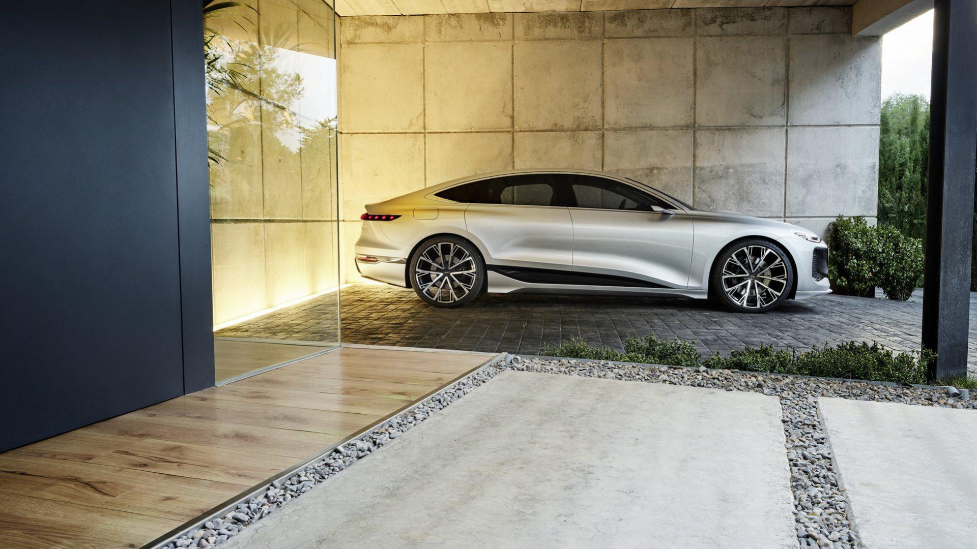 2021-Audi-A6-e-tron-Concept-40
