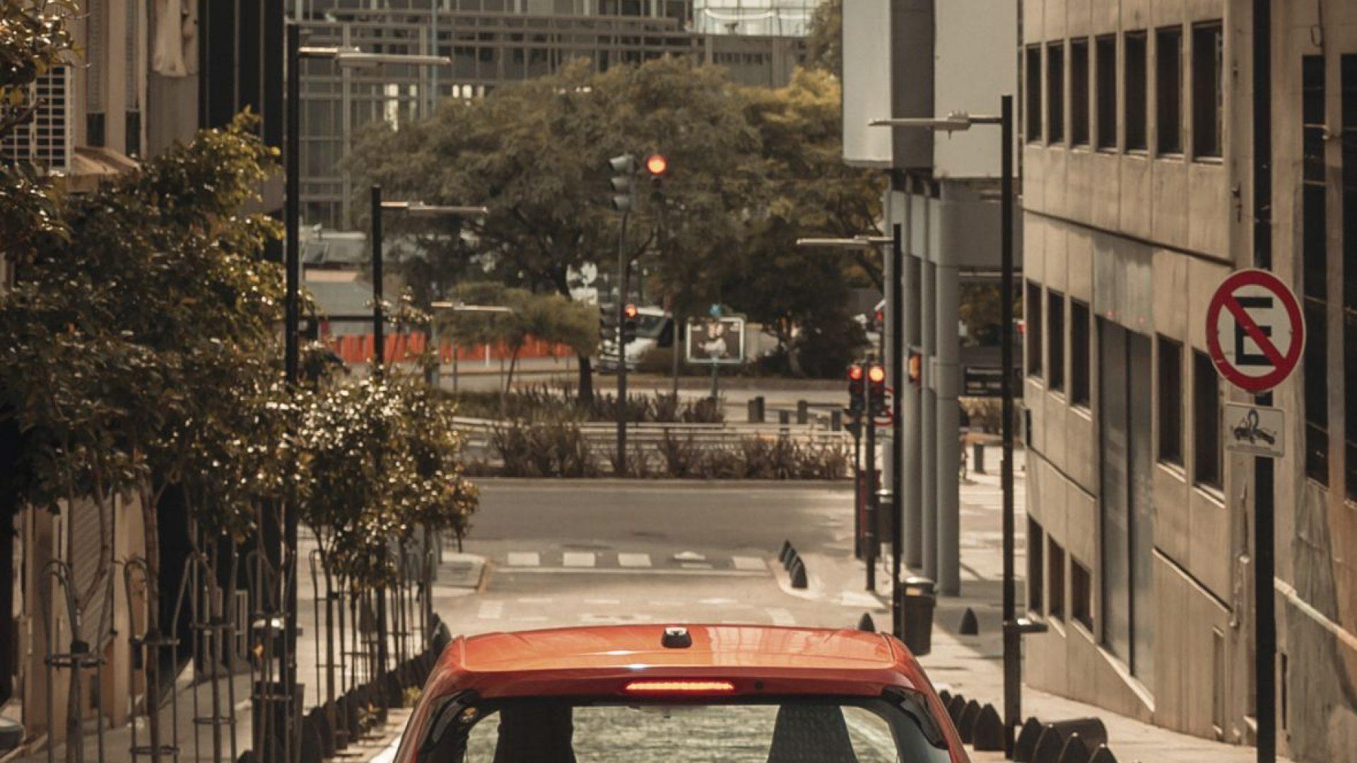 Chevrolet Onix Turbo-3