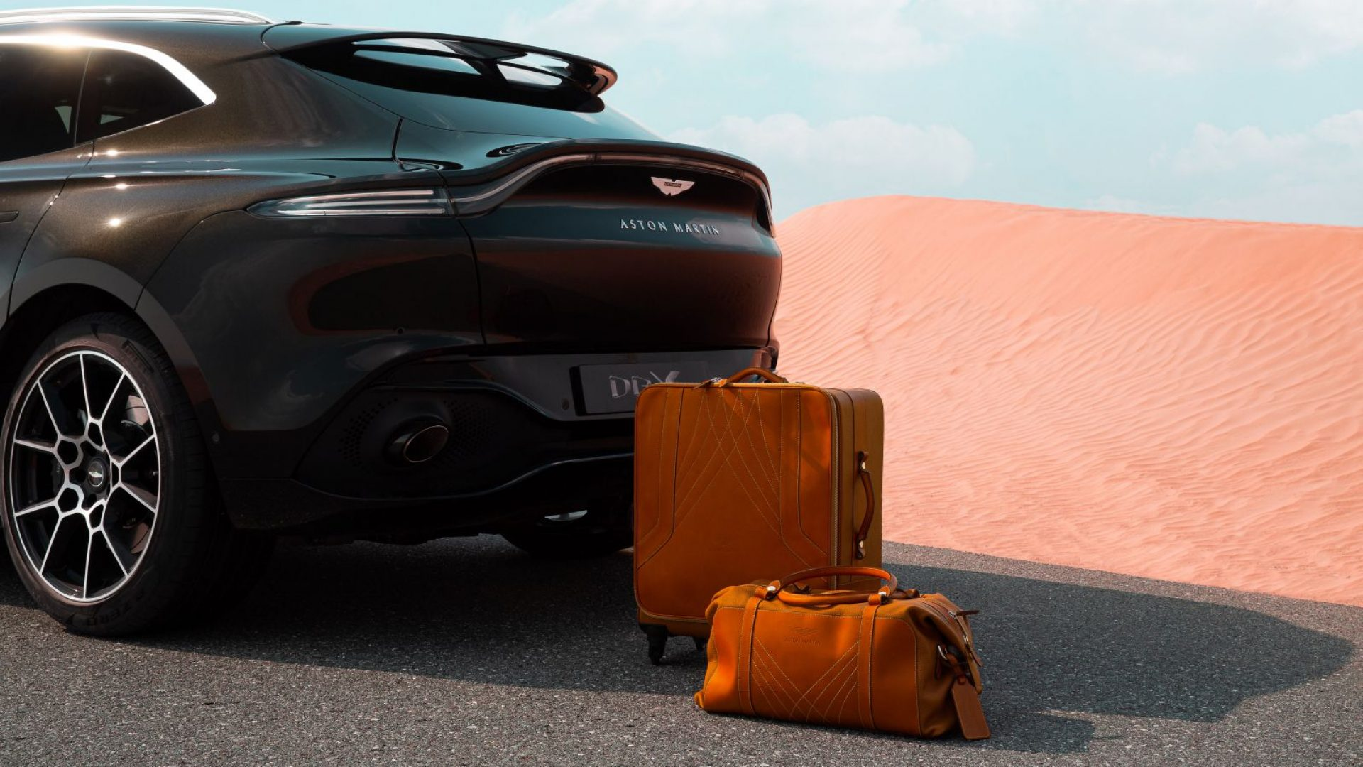 aston-martin-dbx-in-the-middle-east-15-jpg.