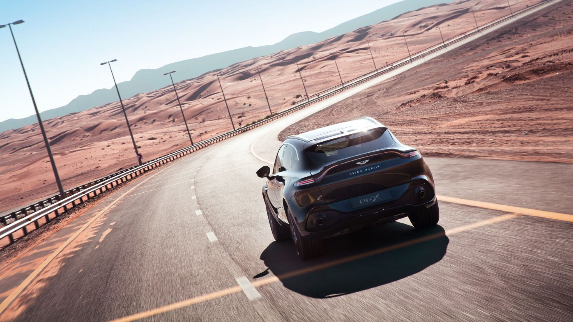 aston-martin-dbx-in-the-middle-east-25-jpg.