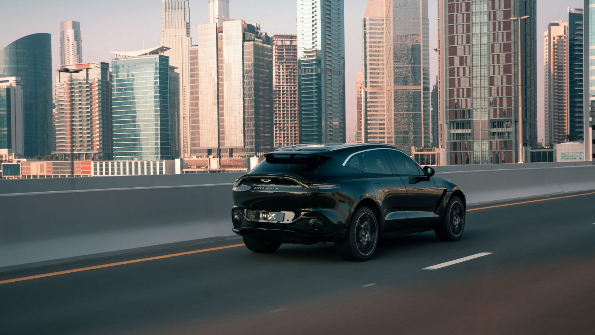 aston-martin-dbx-in-the-middle-east-4-jpg.