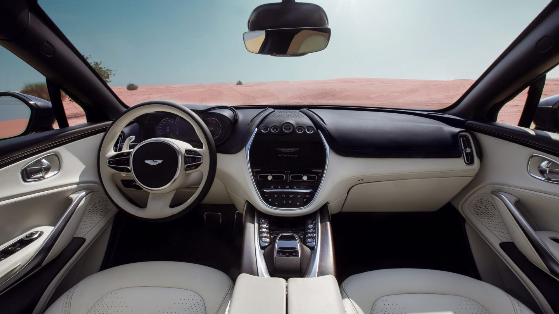 aston-martin-dbx-in-the-middle-east-9-jpg.